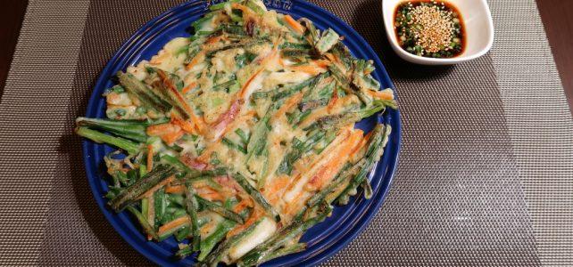 Olive家の簡単レシピ | 韓国料理 外はサクサク♪中はモチモチ♪イカとニラチヂミ