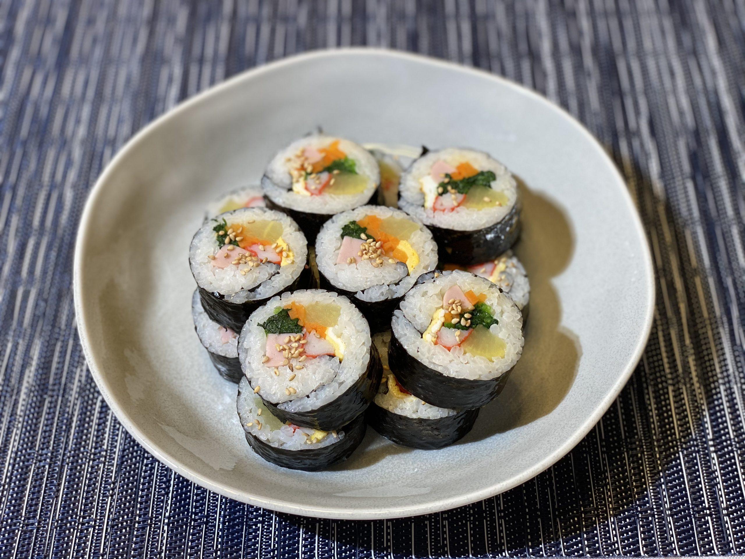 Olive家の簡単レシピ | 韓国料理 ピクニック・運動会といえばキムバップ(韓国風海苔巻き)