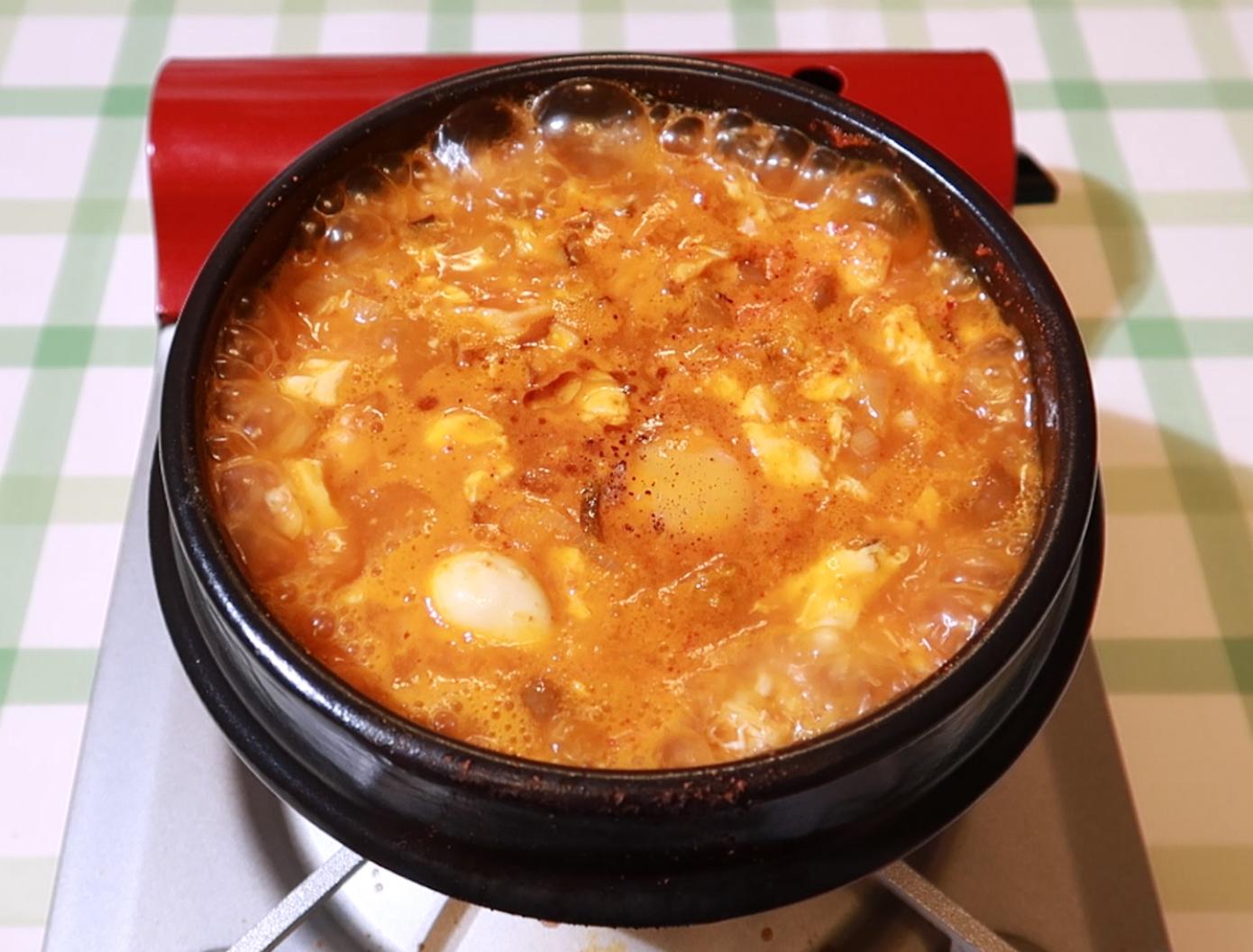 Olive家の簡単レシピ | あさりの旨みが効いたスンドゥブチゲ