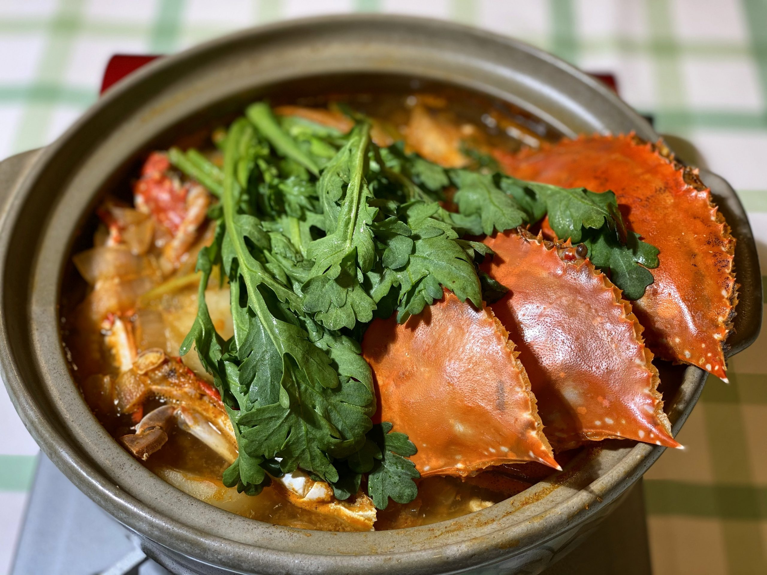 Olive家の簡単レシピ | 韓国料理 ワタリガニの旨味たっぷり ワタリガニの作り方・食べ方 | ワタリガニ鍋 (감자꽃게탕)
